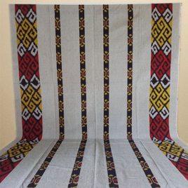 Kain Tenun Blanket Toraja Warna Cream