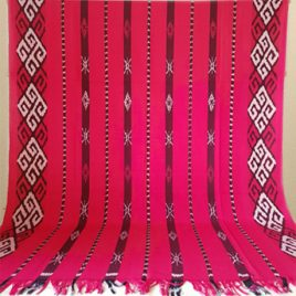 Kain Tenun Blanket Merah Muda