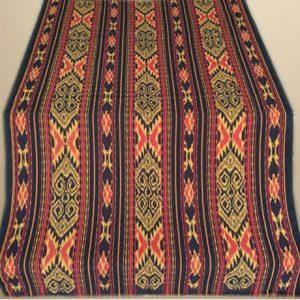Kain Tenun Blanket Coklat